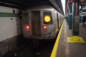 Westinghouse R68 (D) Train @ Norwood-205th Street