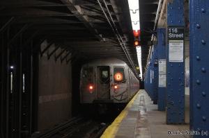 R68 D Train - West 116th Street