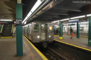 R68A (B) Train - Bedford Park Blvd