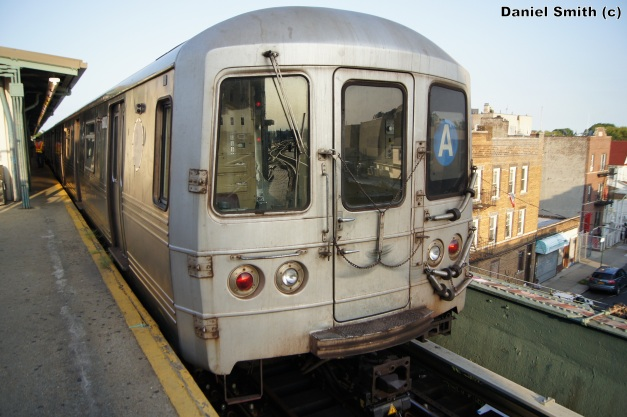R46 A Train - Lefferts Blvd