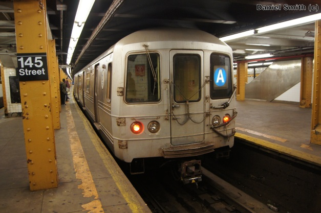 R46 A Train - 145th Street (Lower Level)