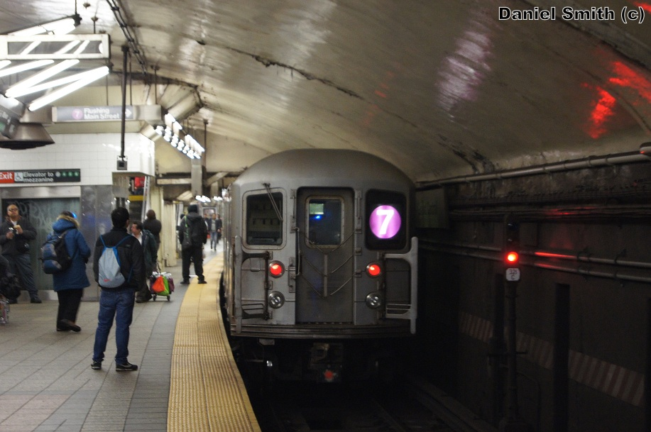 how to get to 42nd street by train