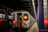 R68 (D) Train At 2nd Avenue