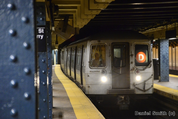 R68 D Train Entering Whitehall Street
