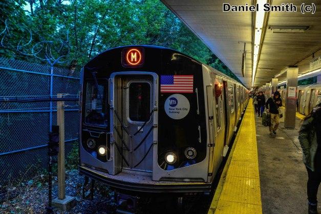 R160 M Train At Metropolitan Avenue