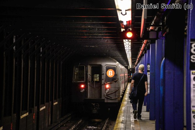 R68A B Train Leaves 86th Street