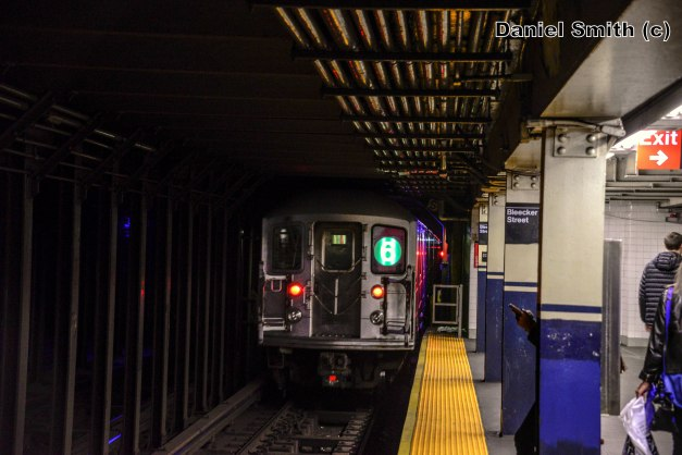 R62A 6 Train Leaves Bleecker Street
