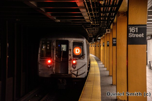 R68 (D) Train Leaves 161st Street