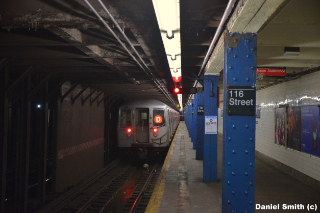 R68 (D) Train At West 116th Street
