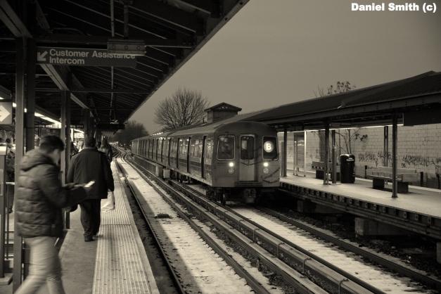 R68 B Train At Kings Highyway