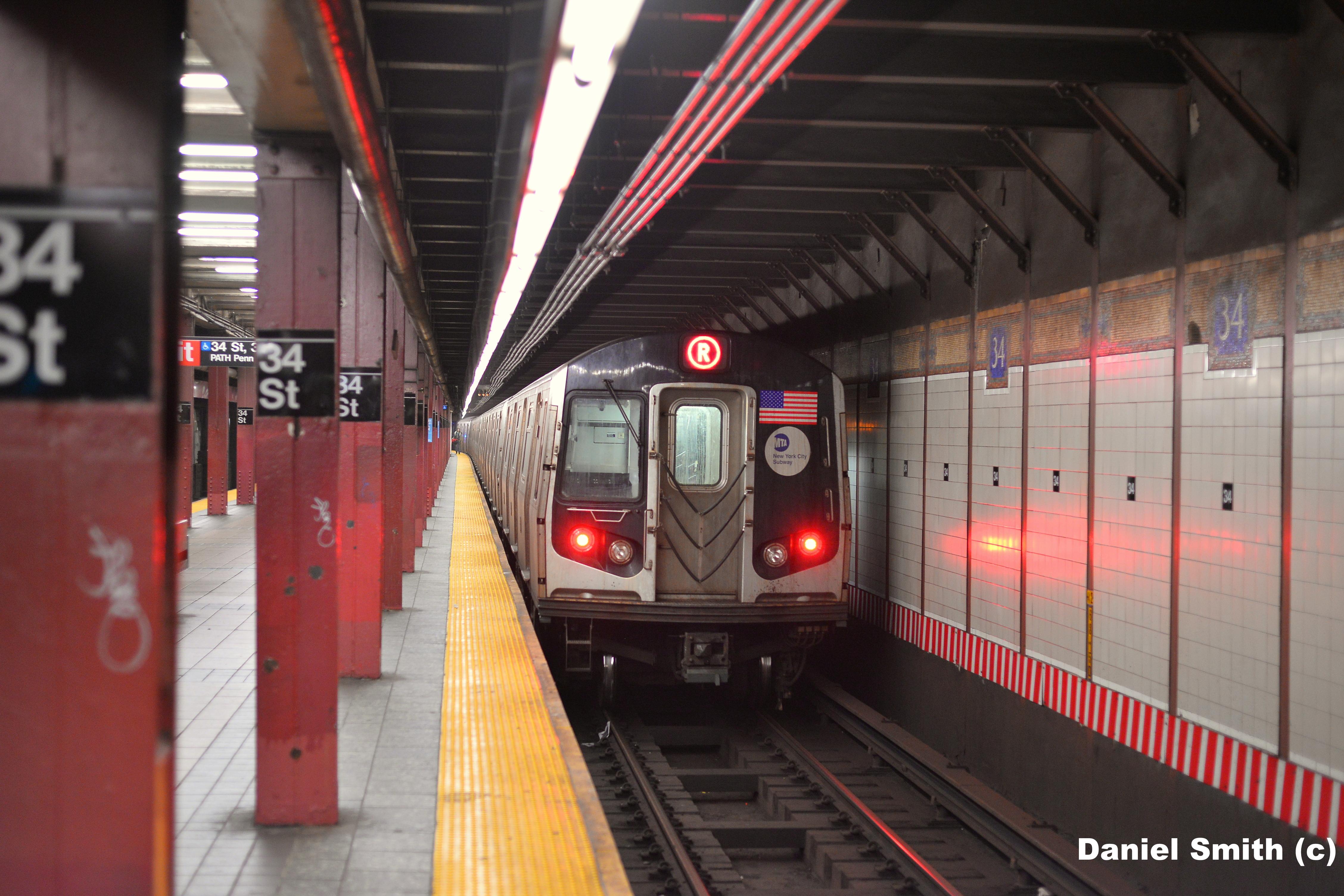 R160 R Train Leaves 34th Street   Daniel The Cool NYC Website