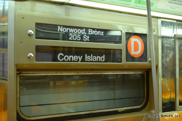 R68 (D) Train Rollsign