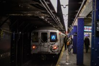 R46 A Train Leaves 116th Street