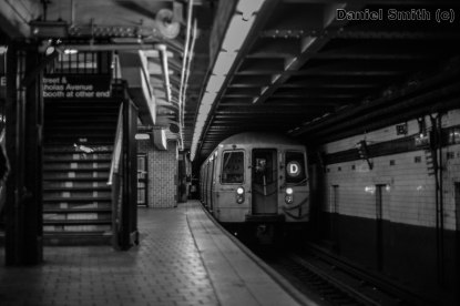 R68 D Train Leaves 125th Street