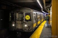 R68 N Train Approaching 59th Street