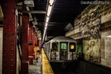 R42 J Train Leaves Bowery