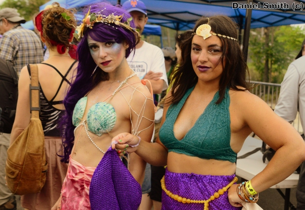2 Mermaids