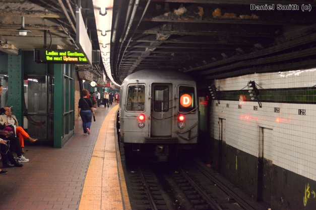 R68 D Train Leaves 125th Street (Local Track)