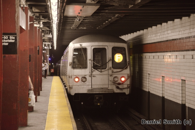 R46 F Train At 47-50th Street